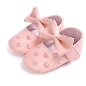 Other - Boutique baby girl shoes in pink size 4 and 5